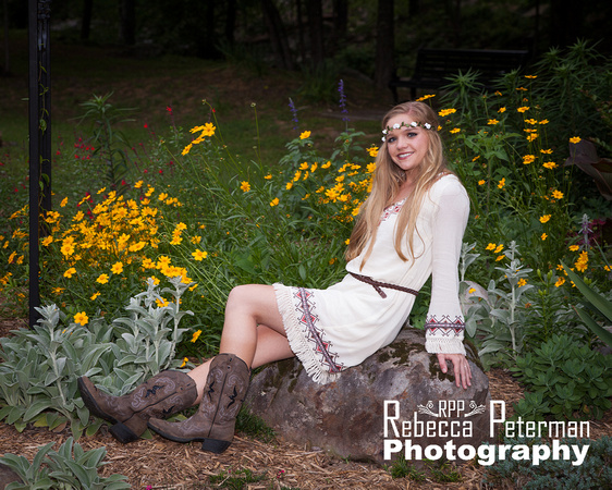 Senior Girl Boho Picture in Wildflowers